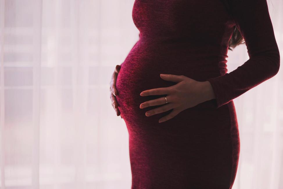 motherhood-parenthood-pregnancny-mother